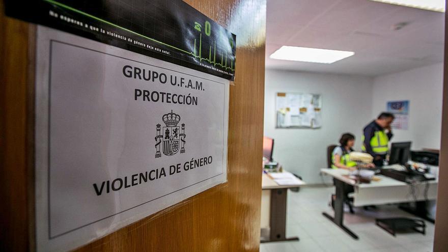 Las víctimas de la violencia de género presentan menos de la mitad de las denuncias en Elche