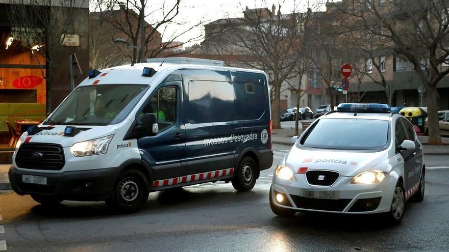 Detenido un hombre por matar a otro en plena calle en Sabadell