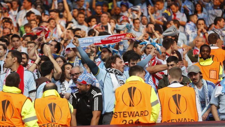 Manchester United - Celta de Vigo en Europa League | Una afición de '10'