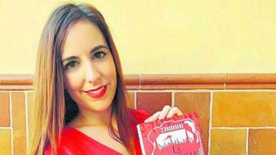 Lorena Hebles: «Vivir de la escritura hoy es una utopía para algunos»