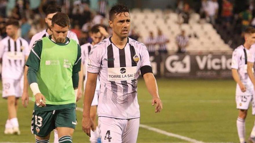 El Castellón pierde a Regalón seis meses por una rotura de ligamento