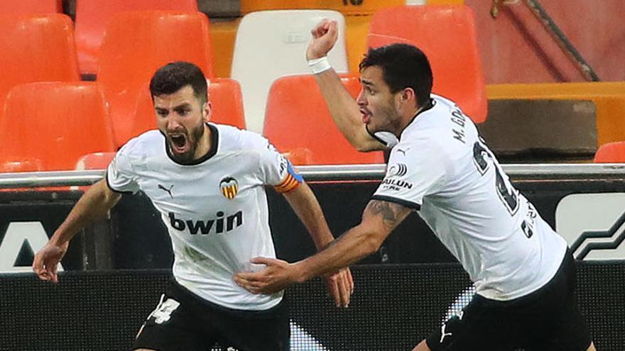 Vídeo: Así fue el gol de Gayà frente al Alavés