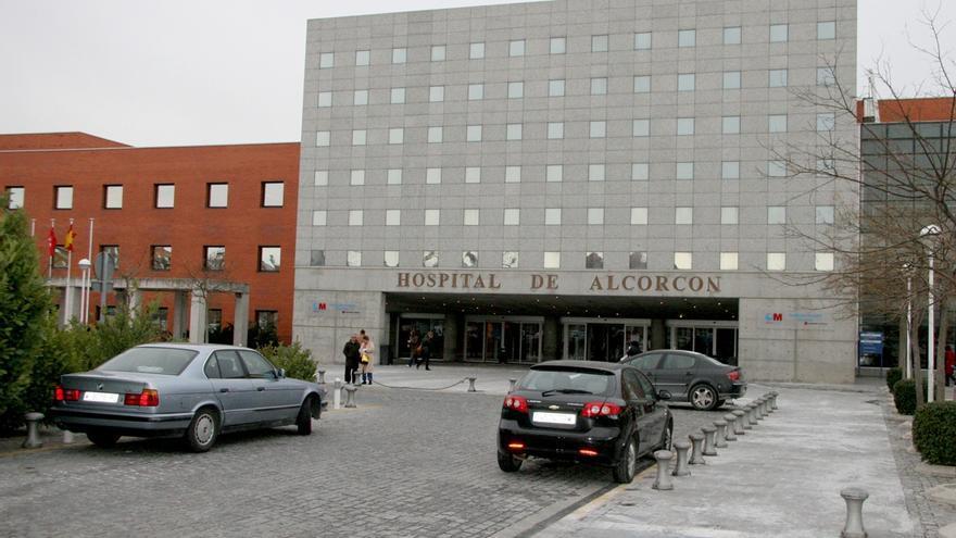 Piden 16 años de prisión para un empleado de un hospital de Madrid por intentar asfixiar a una paciente