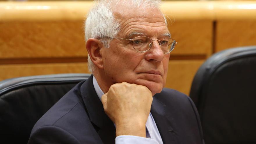 Borrell niega el uso de información privilegiada en Abengoa