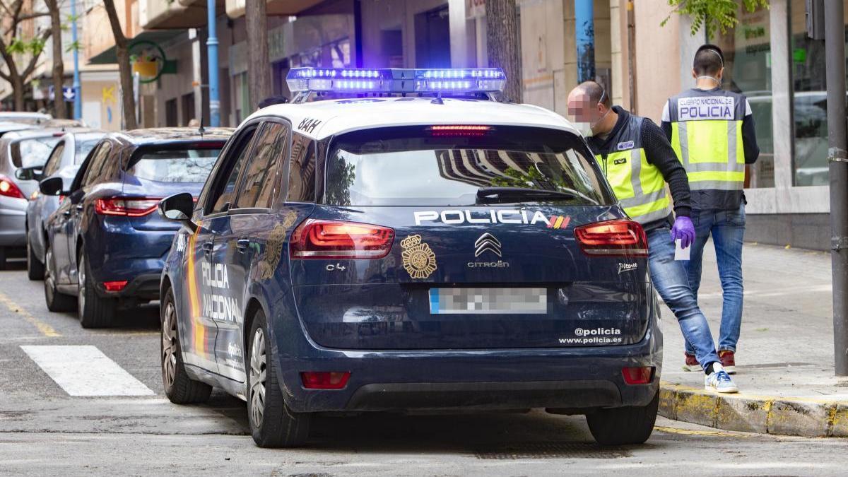 Agentes de la Policía Nacional, durante una intervención.