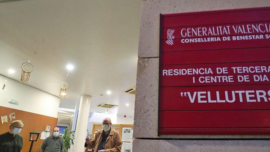"""Residentes del centro de Velluters: """"Esta es nuestra casa y no queremos que nos la cambien"""""""