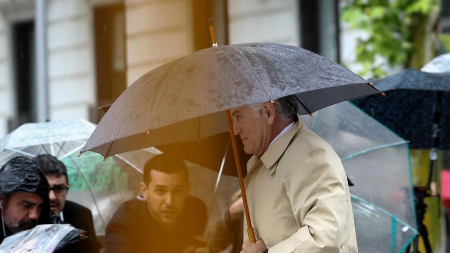 """La Fiscalía se muestra escéptica ante Bárcenas: """"No dice nada que no se supiese"""""""