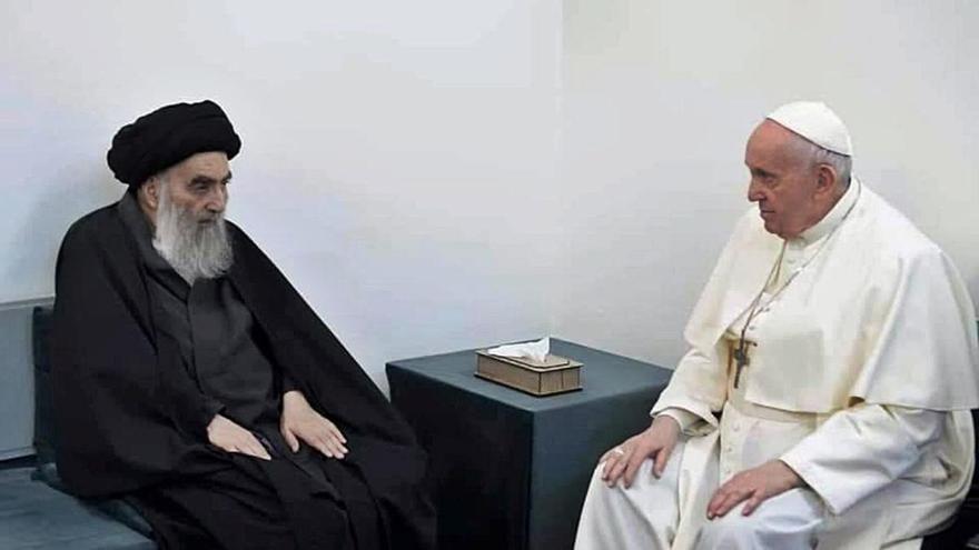 El Papa apel·la al diàleg interreligiós després de veure l'aiatol·là Al Sistani