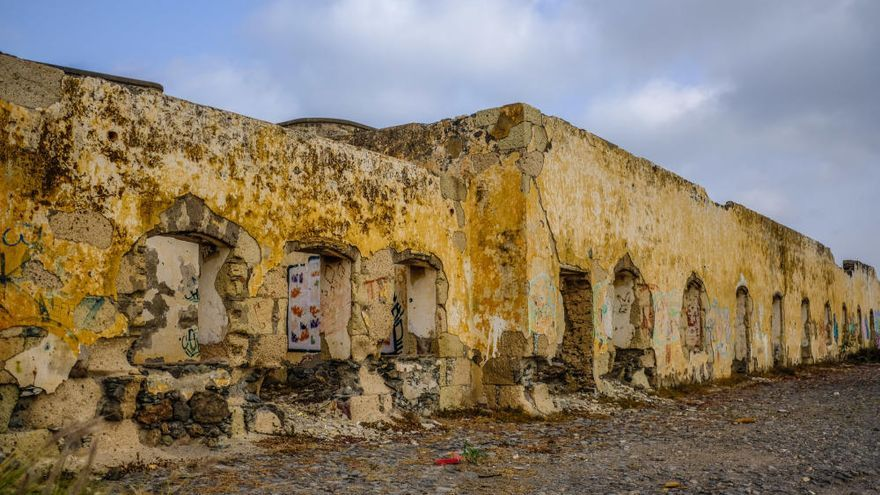 Urbanismo tapiará las baterías de  San Juan para evitar actos vandálicos