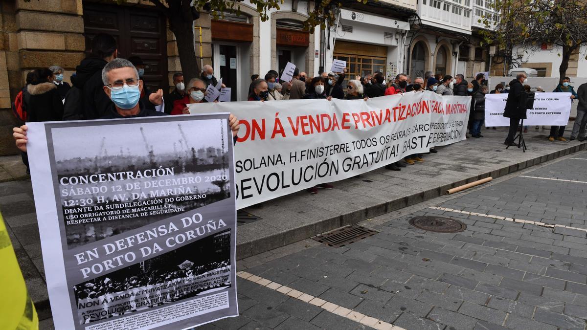Concentración en A Coruña convocada por Defensa do Común en diciembre pasado.