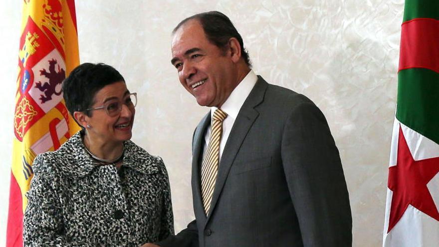 Argelia y España no ven conflicto marítimo