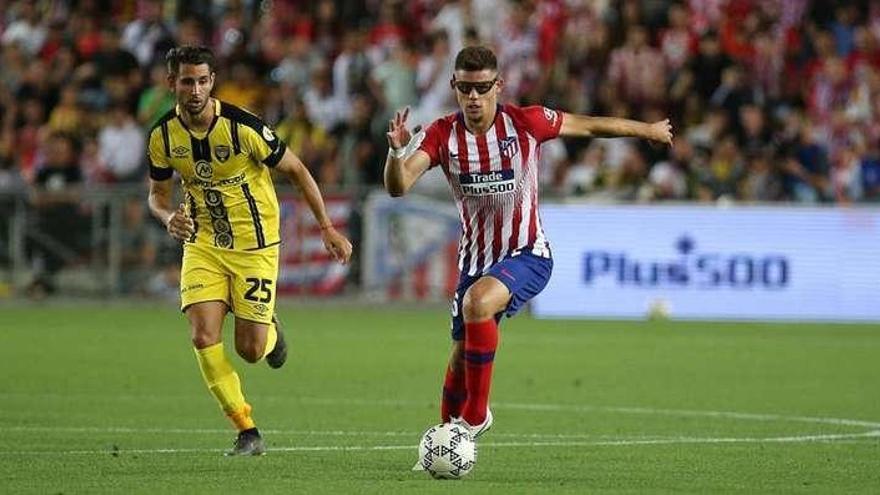 El Atlético de Madrid cede al Besiktas al central Montero