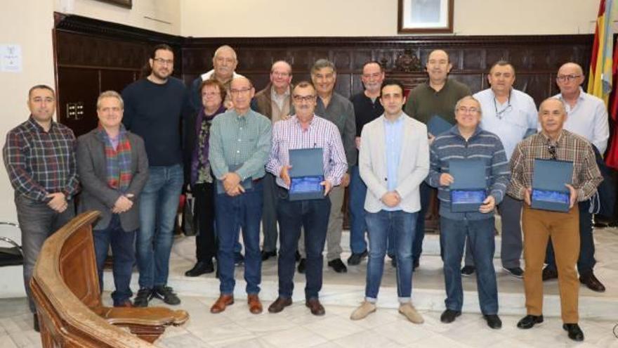 Sagunt homenajea a sus 12 trabajadores jubilados de este año