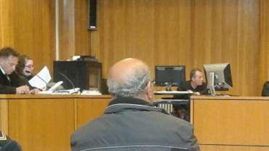 """""""El asesino de mi padre va a salir libre, quiero justicia"""", dice el hijo del vecino de Penamoa"""