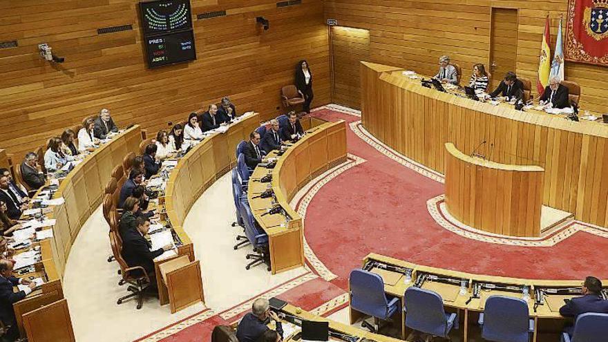 """La Xunta ve """"prudente"""" superar los 10.000 millones de gasto en 2020, pese a las críticas de la oposición"""