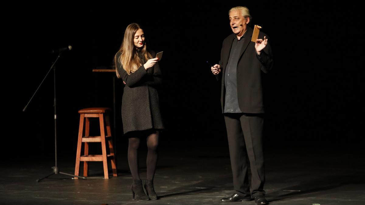 Anthony Blake, en una actuación en el teatro Jovellanos el año pasado.
