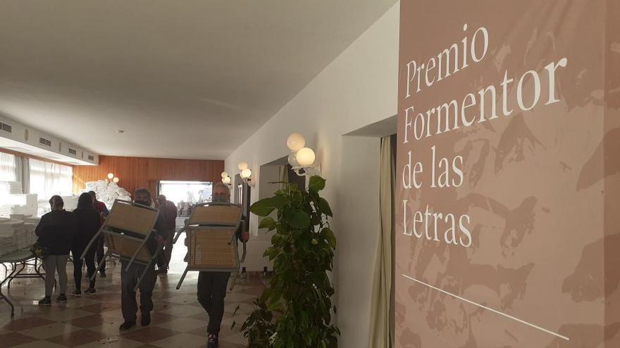 Schnäppchenjäger schaffen Möbel aus dem Hotel Formentor