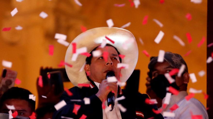 Pedro Castillo ya es presidente de Perú