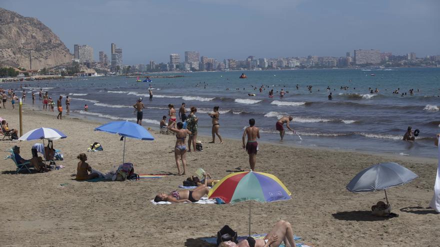 El cielo seguirá luciendo despejado en la provincia de Alicante y no se esperan cambios de temperatura