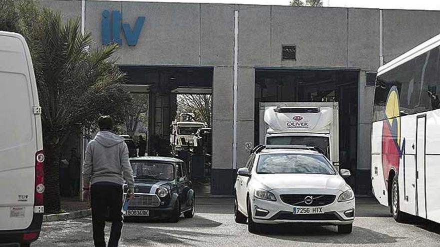 La ITV en Mallorca está colapsada y ya acumula retrasos de siete meses