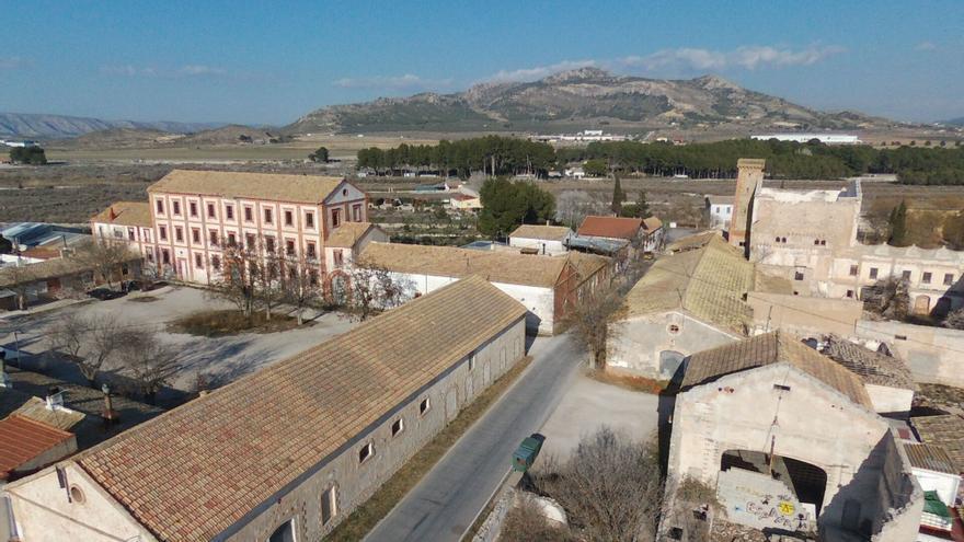 Rehabilitar la Colonia de Santa Eulalia de Sax cuesta 60 millones de euros