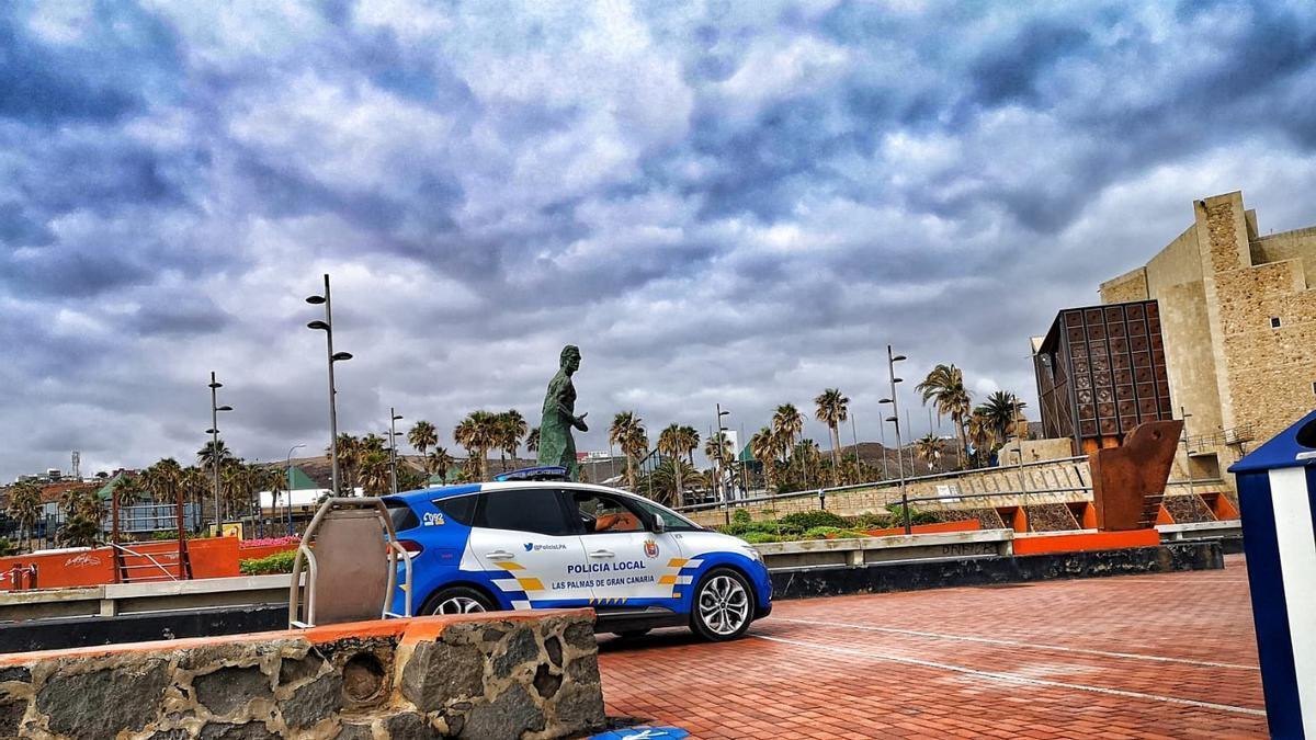 Vehículo de la Policía Local de Las Palmas de Gran Canaria