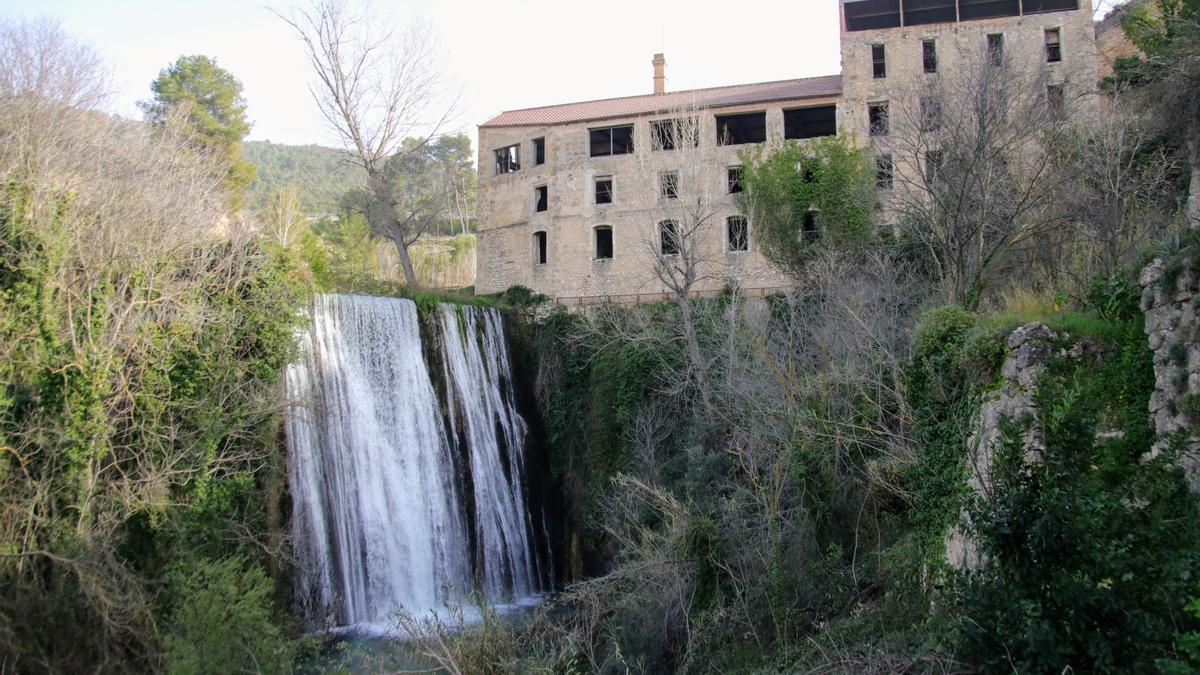 Imagen de la Fàbrica dels Solers, en el conjunto de arqueología industrial de El Molinar de Alcoy.