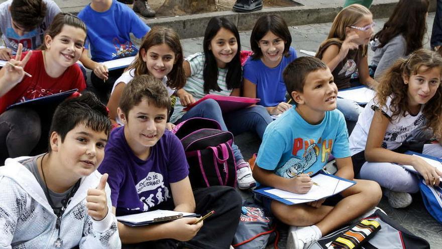 Las escuelas catalanas cerrarán cuando haya dos positivos en grupos distintos