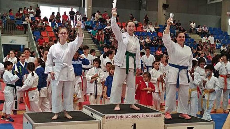 Leire del Campo logra una plata en el Regional