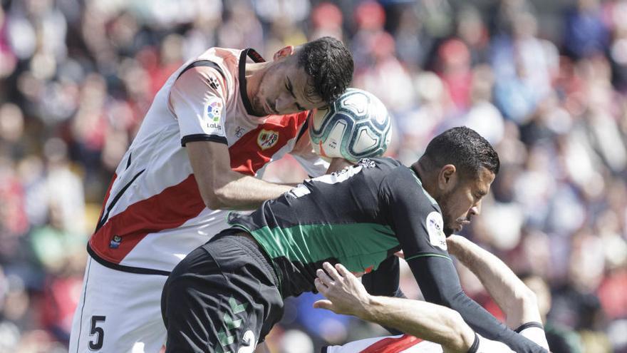El Rayo pide repetir la jornada 42 o jugar contra el Elche por la promoción