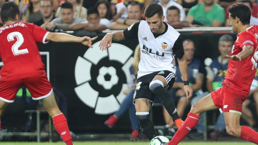"""""""Todo el mundo habla muy bien del Valencia, pero solo estamos a tres puntos"""""""