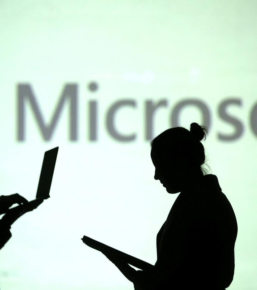 Microsoft crea una plataforma para mantener reuniones a través de hologramas