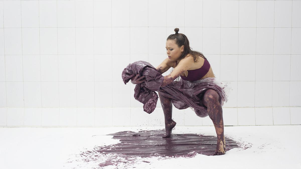 La Premio Nacional de Danza repite en el festival valenciano 10 Sentidos.