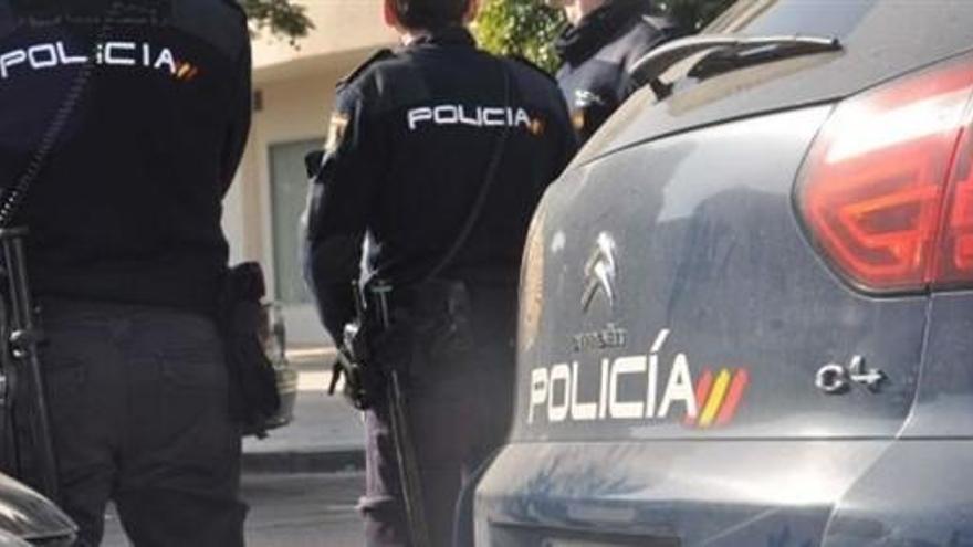 Alliberen un menor a qui els seus pares i un germà obligaven a prostituir-se