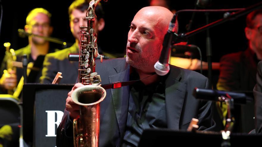 Fallece a los 55 años el músico estadounidense de jazz Bob Sands