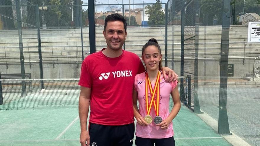 Oro y plata para María Luisa Jiménez en el Campeonato de España de bádminton