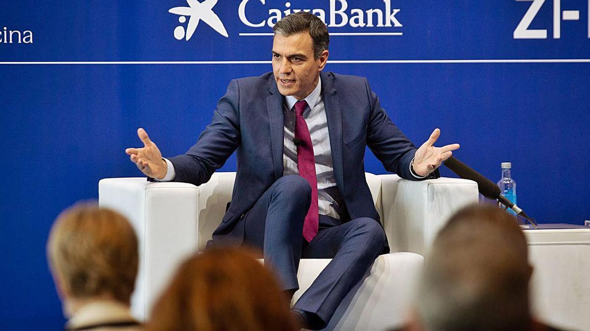 Pedro Sánchez va anunciar a Barcelona que les mascaretes no seran obligatòries a l'exterior    DAVID ZORRAKINO/EP