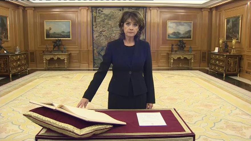 Dolores Delgado promete su cargo de fiscal general
