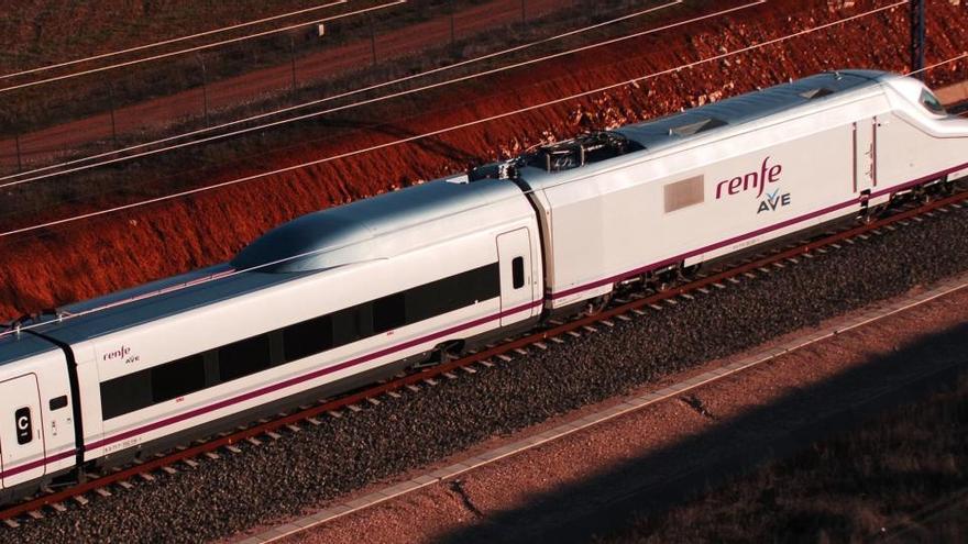 Renfe devuelve más de 5,1 millones de euros en octubre por la cancelación de billetes