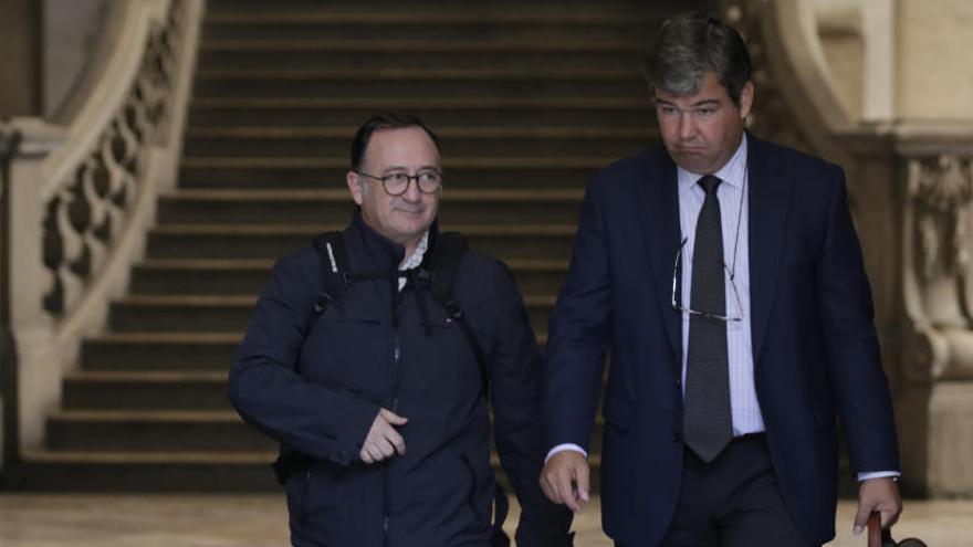 """El letrado de Marc Llinares acusa a la Fiscalía de """"traición"""" por cambiar el pacto"""
