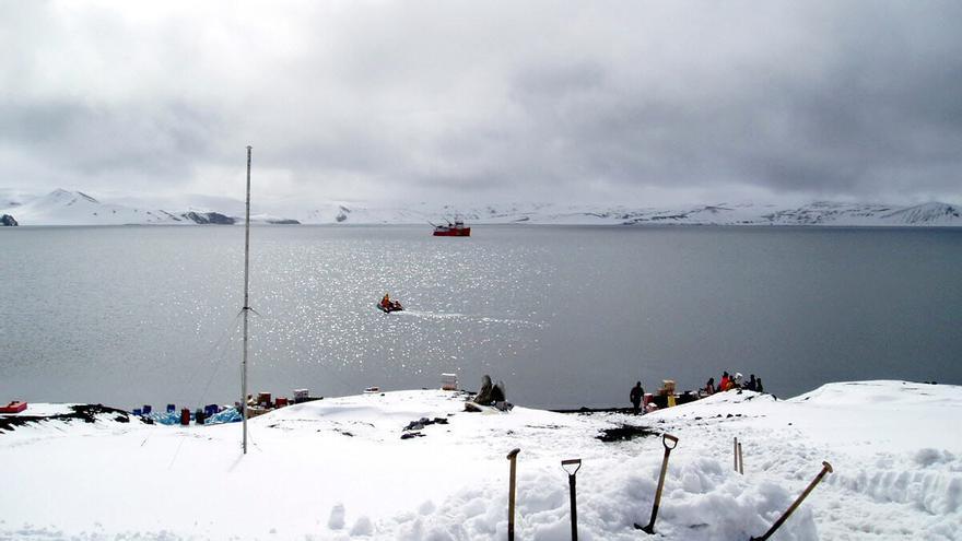 Trece militares prepararán en la Maladeta la campaña antártica