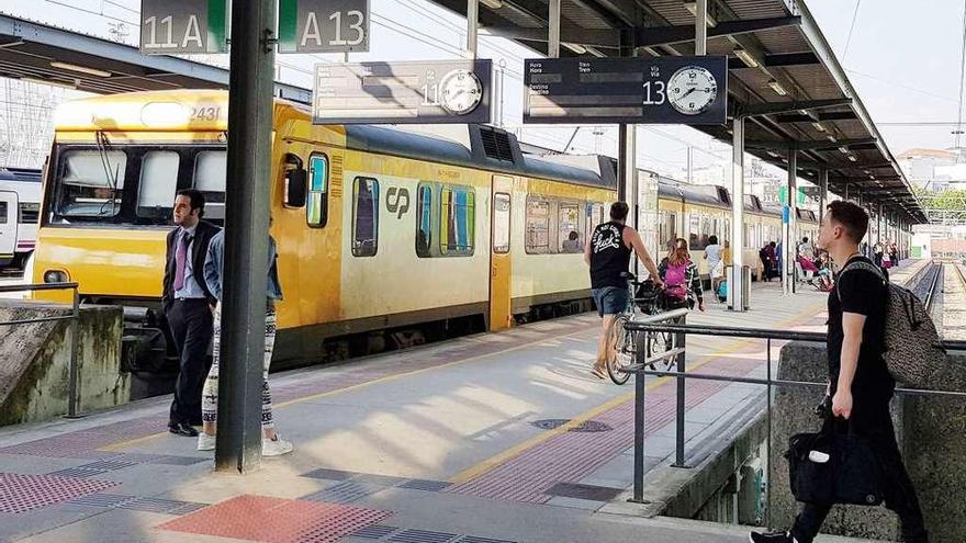 El tren privado a Oporto se resiste