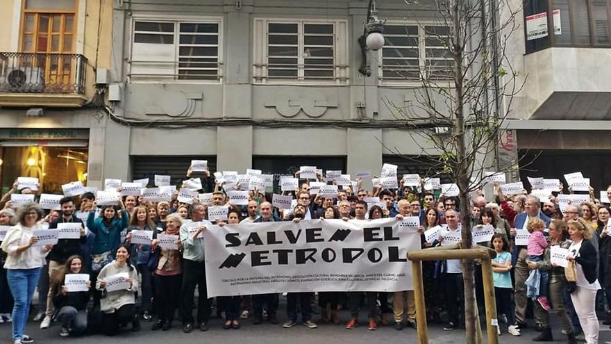 El Ayuntamiento dará la licencia para derribar el edificio Metropol tras 5 años paralizada