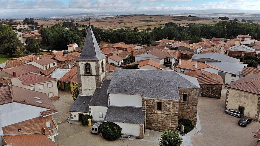 El municipio de Rabanales, un paraíso de colores y sabores junto al Mena y Cebal
