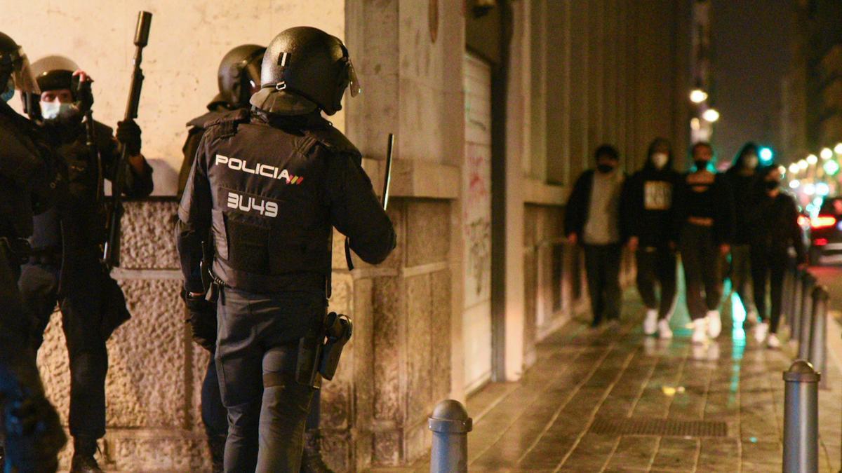 Una imagen de varios agentes de los Mossos en una manifestación.
