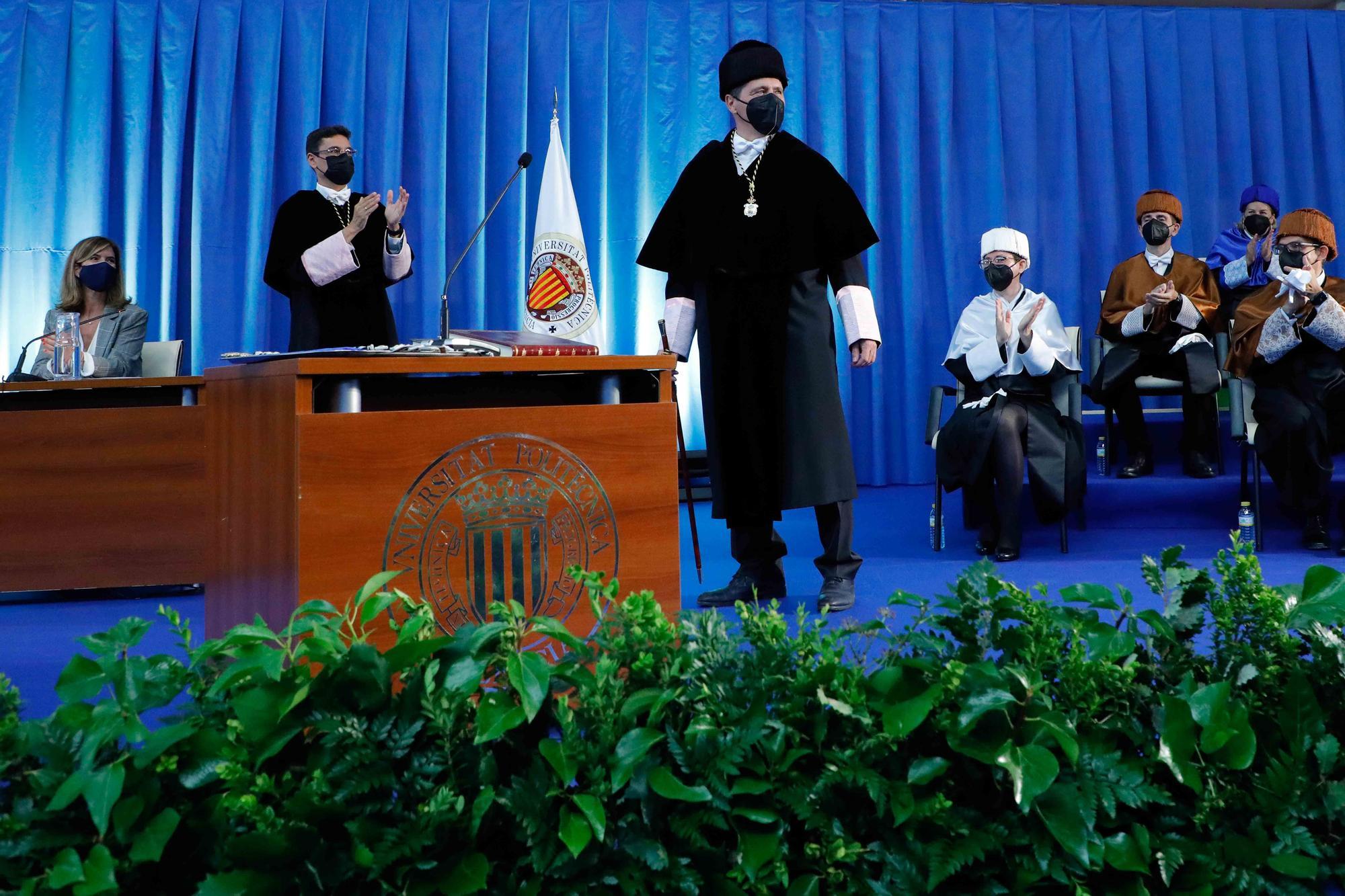 Toma de posesión del nuevo rector de la UPV, José E. Capilla