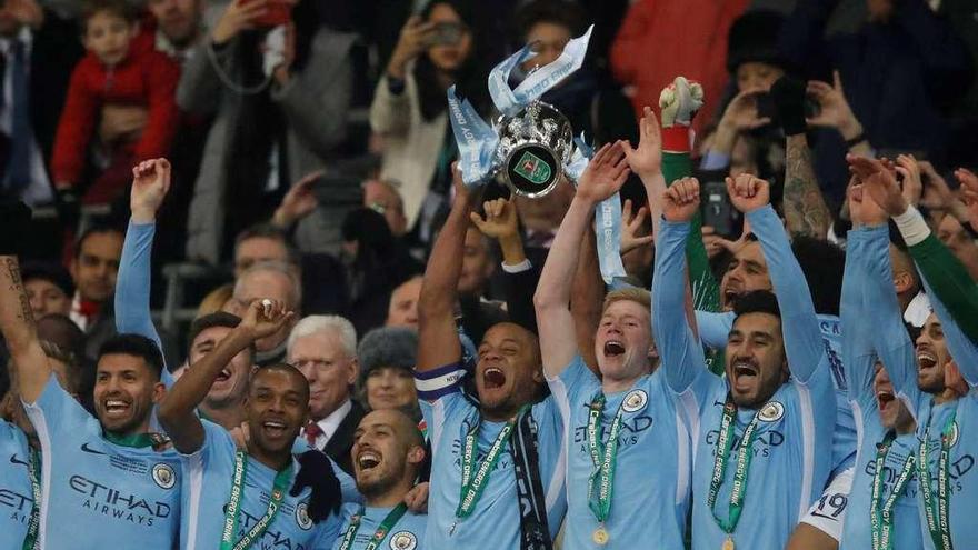 Mourinho le gana la partida a Conte
