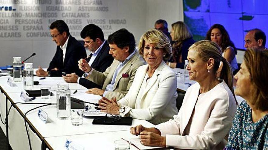 Anticorrupció demana imputar Aguirre i Cifuentes pel finançament il·legal del PP