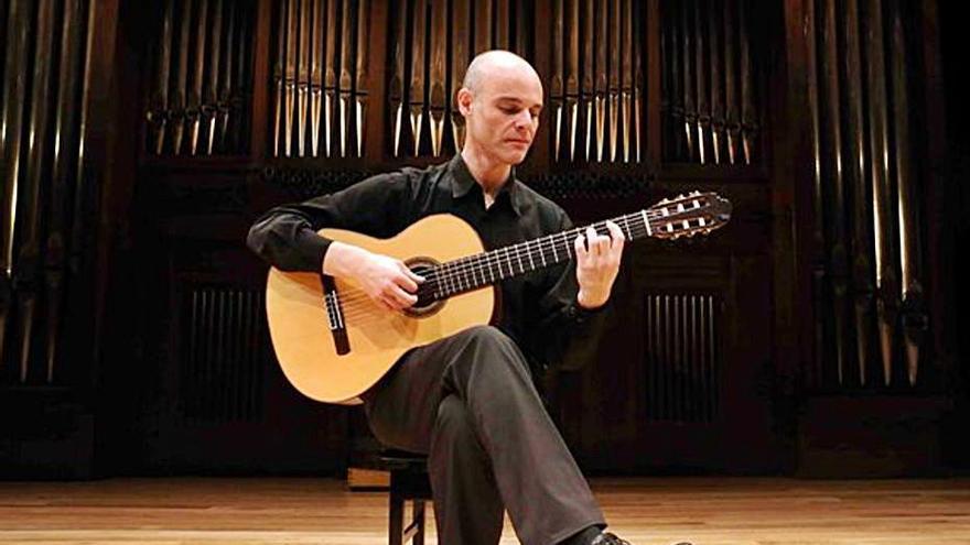 Recital de guitarra de Ricardo Gallén en el ADDA