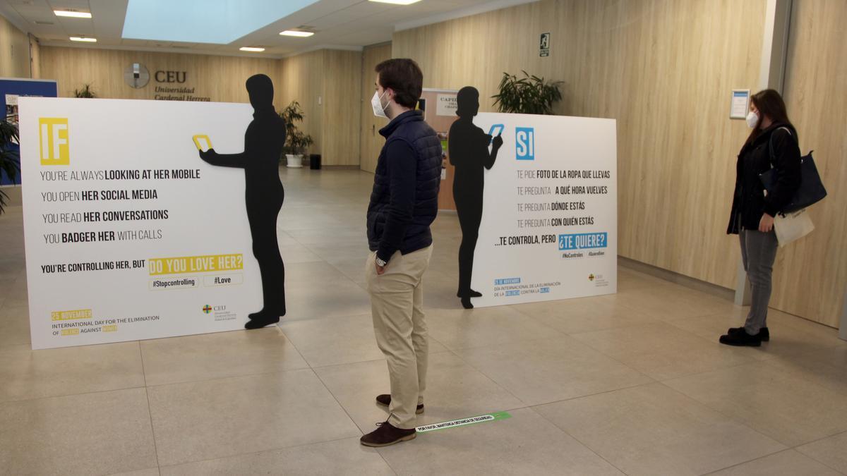 La campaña contra la violencia de género que realiza el CEU San Pablo de Elche